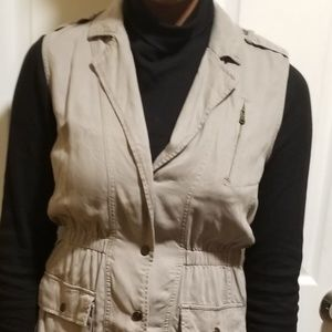 Kenneth Cole Vest